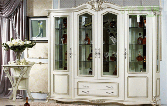 简约欧式酒柜效果 高贵典雅皇室风